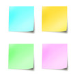 Quatre post-it couleurs pastel