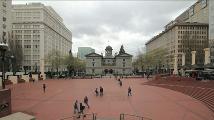 Pioneer Courthouse Square in Portland on a Cloudy Day Timelapse