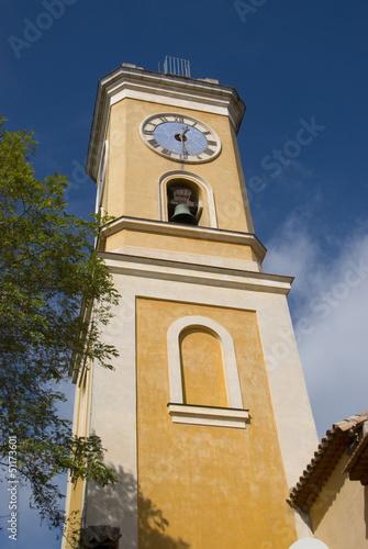 gelber Kirchturm, cote d'azur