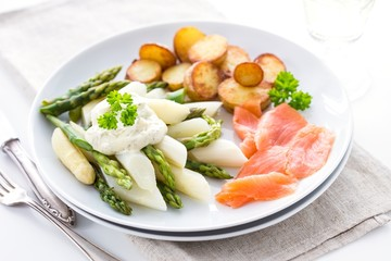Green and white asparagus, potatoes and salmon