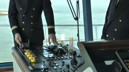 capitaine aux manoeuvres
