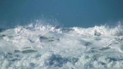 Ocean wave slow motiony