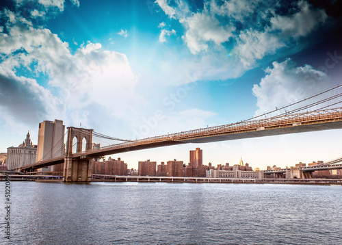 Amazing New York Cityscape - Skyscrapers and Brooklyn Bridge at - 51220697
