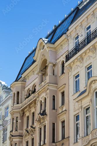 Altbau mit Dachwohnung