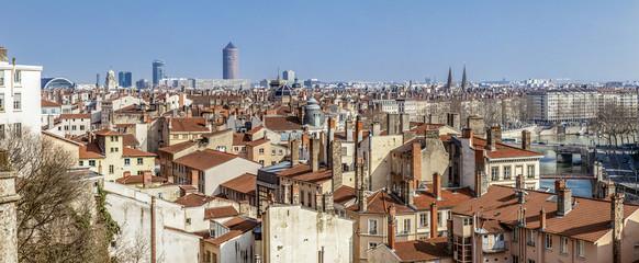 panorama de la ville de Lyon vue de la croix rousse