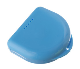 Isolated box for a mouth protector