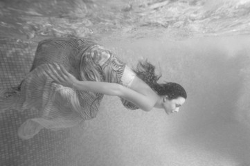 Mermaid Underwater, Beautiful Woman underwater in Aqua Studio