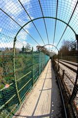 tunnel pedonale con rete di protezione a Belluno