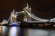 Tower Bridge de nuit à Londres