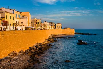 Lungomare di Alghero al tramonto, Sardegna
