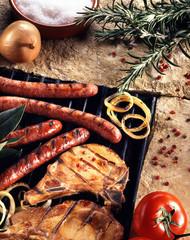 Barbecue porc merguez et saucisses