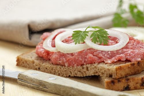 Brot mit Mett