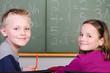 zufriedene schüler im unterricht