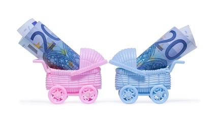 Geld, Euro in Kinderwagen