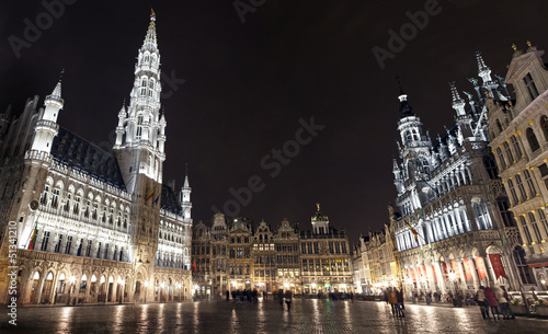 Fototapeta Panoramic View of Grand Place in Brussels