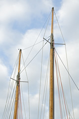 Double wooden mast of an old sailship