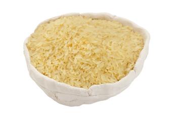 Ungekochter Reis in Schale