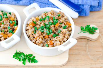 Buckwheat stewed with vegetables