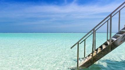 Treppe in den Indischen Ozean