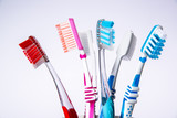 Zahnbürste Karies und Paradentose