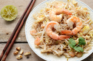 Phad Thai -stir-fried rice noodles with prawns