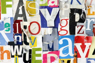 Grunge Magazin Letter Collage