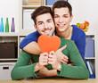 Zwei schwule Männer mit Herz