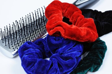 Hairbrush and scrunchies © Arena Photo UK
