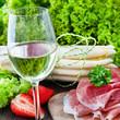 Spargel, Schinken und Wein