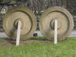 Schwere Mühlsteine im Heimatmuseum