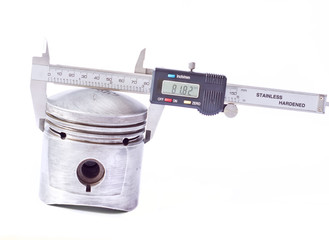 Caliper digital glass scale and piston