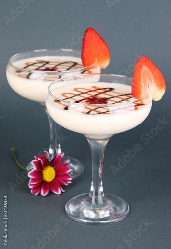 Foto op Aluminium Milkshake Fruit smoothies on grey background