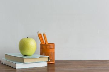リンゴと文房具