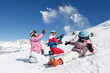 Leinwanddruck Bild - Bataille de boules de neige