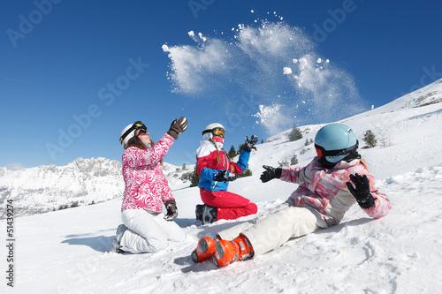 Leinwanddruck Bild Bataille de boules de neige