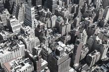 Czarno-białe dachy Manhattanu w Nowym Jorku