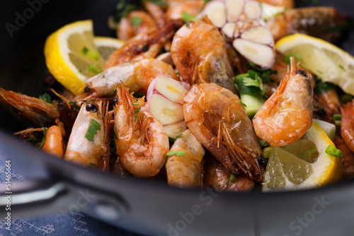 wok stir fry with shrimps - 51465664