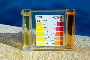 Pool chlorine testing kit © Arena Photo UK