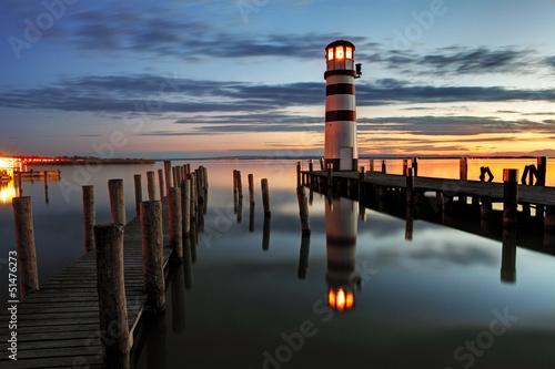 leuchtturm-in-der-nacht-osterreich