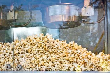Pop corn dans une machine