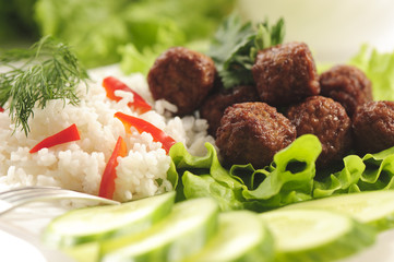 Braised meatballs with rice