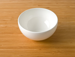 white empty bowl