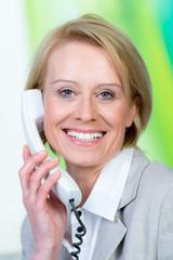 freundliches telefonat