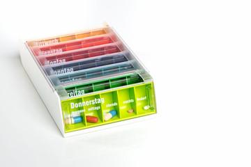 Farbige Pillenbox