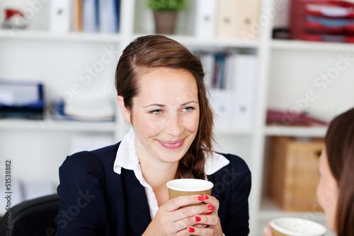 kaffeepause mit der kollegin