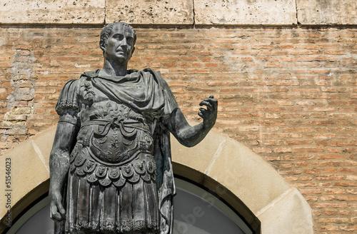 Statua Gaius Julius Caesar w Rimini, Włochy