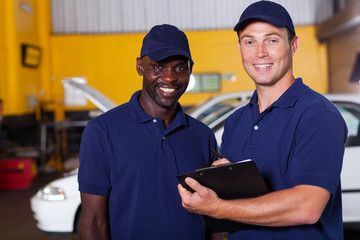 vehicle service center manager and worker
