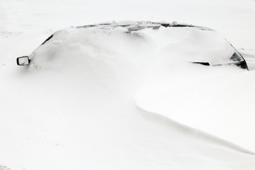 snow covered car2