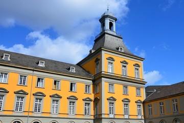 Hauptgebäude der Universität Bonn