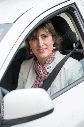 Femme au volant
